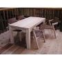 木の手作りテーブル